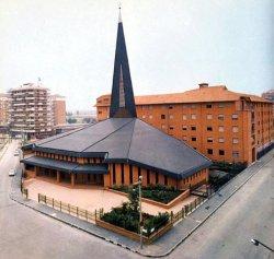 Risultati immagini per parrocchia ss patroni d'italia milano